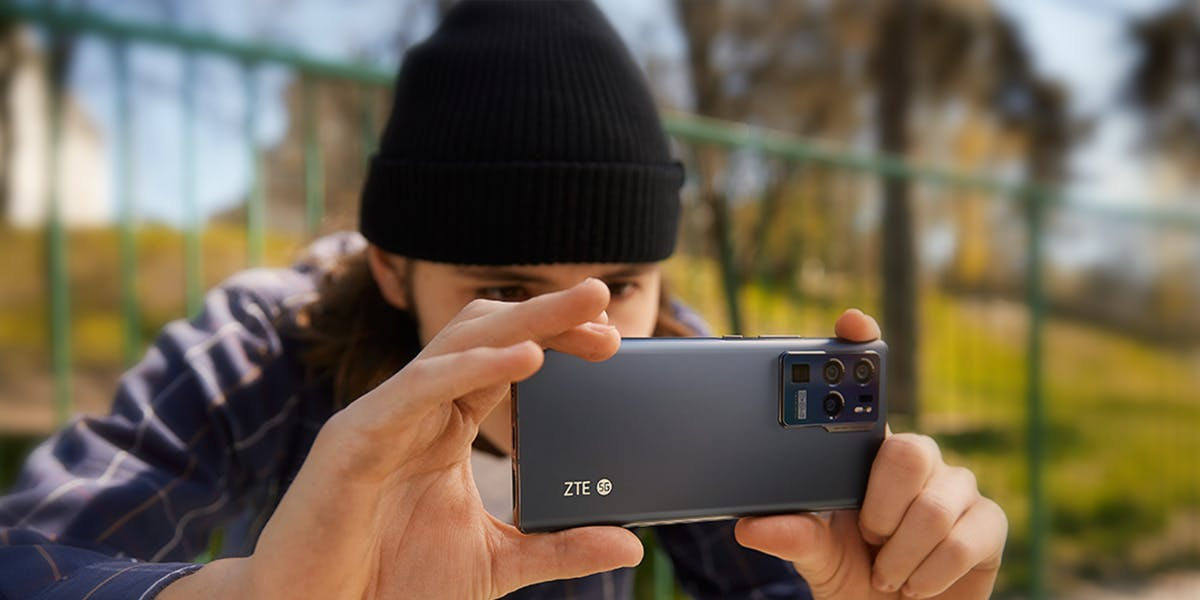 What Makes The ZTE Axon 30 Ultra Trinity Camera Special?